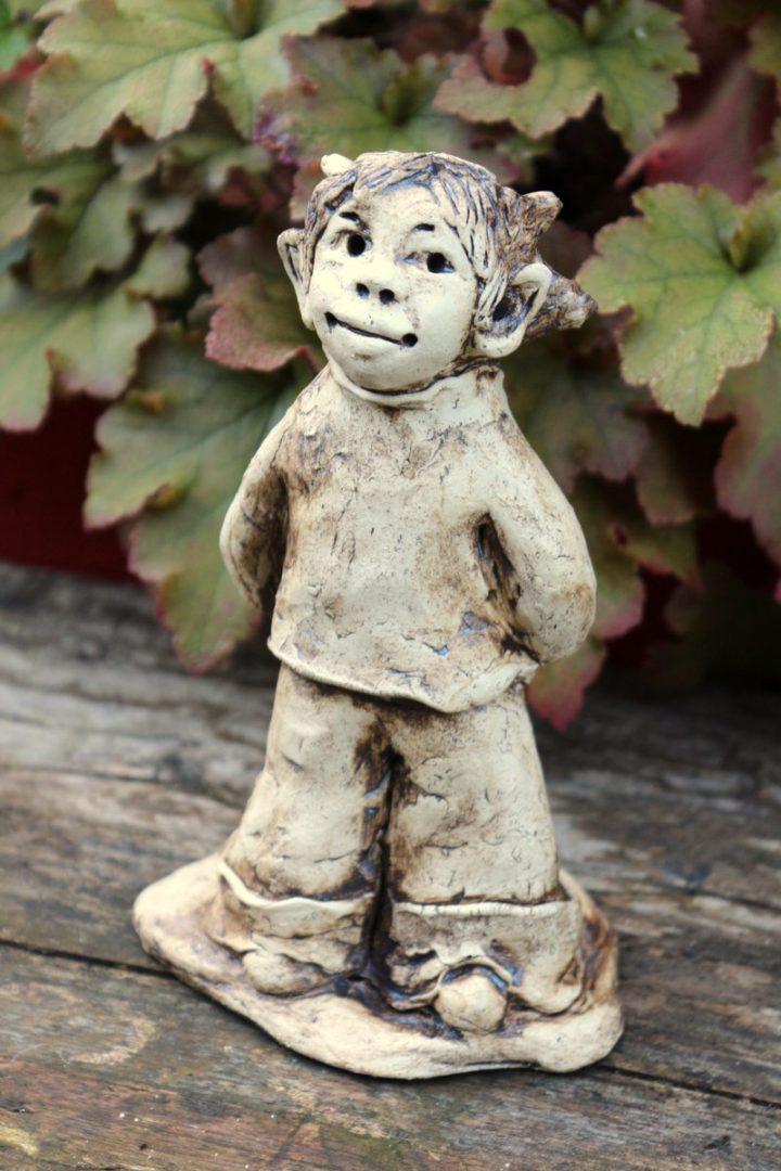 Keramik Gartenfigur Elf, naturfarben, stehend