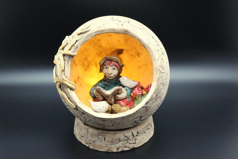 Keramik Elfe, Märchenkugel, Adventsdeko - Keramik Onlineshop