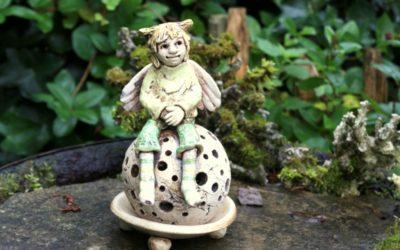 Keramik Engel, Leuchtkugel – Unikat