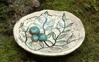 Keramik Vogeltränke mit Blattdecor, Gartenkeramik, Vogelbad – Unikat